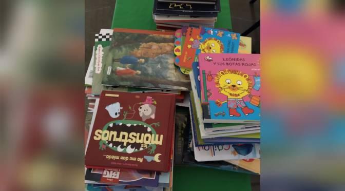 La APJ aporta un lote de libros para la campaña 'Juguetes Sin Límites' de los Reyes Magos de Jerez